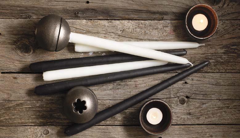 Mit dem Drosselmeyer Orb Kerzenhalter können Sie die Ihre Kerzen komplett und sicher runterbrennen lassen.
